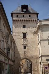Tour de l'Horloge - English:  Saint-Jean-d'Angély, Charente-Maritime, Poitou-Charentes, France;; ref PM_094134_F_Saint_Jean_dAngely;; Photographer: Paul M.R. Maeyaert; www.pmrmaeyaert.eu; © Paul M.R. Maeyaert; pmrmaeyaert@gmail.com; Cultural heritage; Europeana; Europe/France/Saint-Jean-d'Angély;
