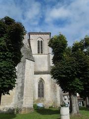 Eglise Sainte-Lheurine - English:   The belltower of the church in Saine-Lheurine, seen from the East