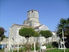 Eglise Saint-Sulpice - Français:   Eglise de Saint-Sulpice d\'Arnoult