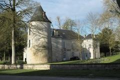 Ancien château - Deutsch: Schloss, heute Rathaus, in Surgères im Département Charente-Maritime (Nouvelle-Aquitaine/Frankreich)
