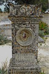 Ancien cimetière - Deutsch: Sainte-Radegonde-Talmont-sur-Gironde, Grabstein