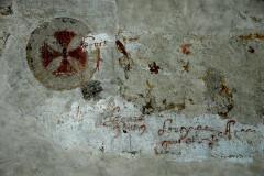 Eglise Notre-Dame - Deutsch: Kirche,Schiff,Freskenreste + Graffitti, Südwand