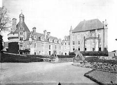 Château de Touffou - English: The Château Touffou (Touffou Castle) in France.