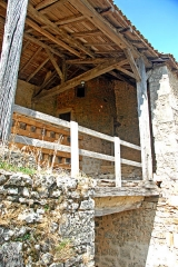Château - Deutsch:   Château-Larcher, Empore über Wehrportal