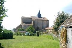 Eglise Notre-Dame - Deutsch:   Château-Larcher, Kirche vom Gelände der ehem. Vorburg