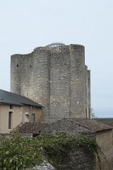 Donjon de Gouzon - Deutsch: Donjon de Gouzon in Chauvigny im Département Vienne (Nouvelle-Aquitaine/Frankreich)