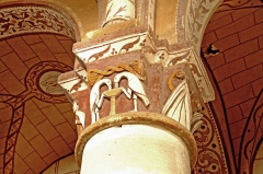 Eglise Saint-Gervais Saint-Protais - Deutsch: Civaux, Kapitell in der Dorfkirche