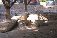 Terrain de fouilles archéologiques - Deutsch: Civaux, Baptisterium mit Taufbecken, im ehem. fanuv von O