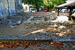 Terrain de fouilles archéologiques - Deutsch: Civaux, Ausgrabungen, Fanum