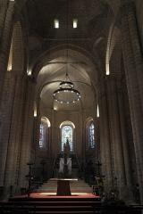 Eglise Notre-Dame-et-Saint-Junien - Deutsch: Kirche Notre-Dame-et-Saint-Junien in Lusignan im Département Vienne (Nouvelle-Aquitaine/Frankreich), Innenraum