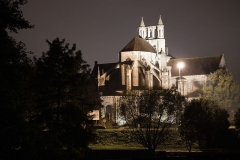 Eglise Saint-Jean de Montierneuf - English: Photograph of Saint-Jean-de-Montierneuf in Poitiers by night.