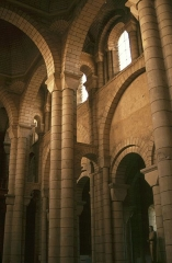 Eglise Saint-Hilaire - Deutsch: Poitiers: St. Hilaire, Kircheninneres