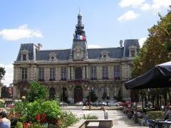 Hôtel de ville - Español:   Poitiers: Ayuntamiento.