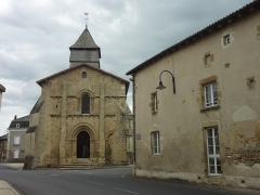 Eglise Saint-Just -       This file was uploaded  with Commonist.