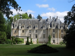 Château - English: Chateau St. Julien, westside (July 2012)