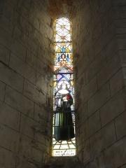 Eglise Saint-Sylvain - English: Église Saint-Romain de Saint-Sauvant, vitrail 2