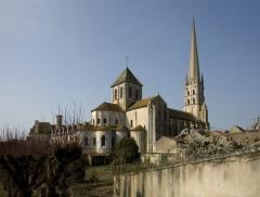 Ancienne abbaye - English: Eglise; Saint-Savin-sur-Gartempe; Poitou-Charentes, Vienne, France; ref: PM_012304_F_Saint_Savin_sur_Gartempe; L'église,;; Photographer: Paul M.R. Maeyaert; www.pmrmaeyaert.eu, © Paul M.R. Maeyaert; pmrmaeyaert@gmail.com; Cultural heritage; Cultural heritage/Romanesque; Europe/France/Saint-Savin-sur-Gartempe