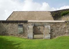 Fort Saint-Charles, Fort Richepance ou Fort Delgrès, puis laboratoire de vulcanologie - Le Fort Louis Delgrès de la Guadeloupe
