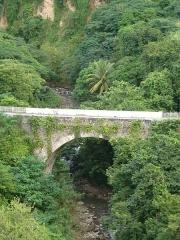 Pont sur le Galion - Français:   Vue du pont sur le Galion