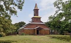 Chapelle de l'île Royale - English: Chapel on Ile Royale, French Guiana.