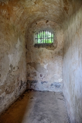 Iles du Salut - îles Royale, Saint-Joseph et du Diable - English: French Guiana, Ile Royale: cell of the convict prison.