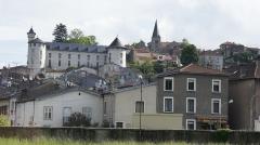 Eglise - Français:   Le château Corbin et l\'église à Liverdun vue du bas du village .
