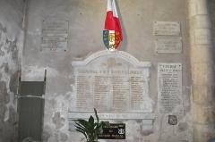 Eglise - Français:   plaques du souvenir aux morts pour la France en l\'église st-Pierre de Liverdun.