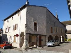 Maison avec statue de la Vierge - Français:   Maison Benoît, 4 rue de l\'Église à Liverdun.