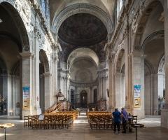 Cathédrale - Español: Nave principal de la Catedral de Nuestra Señora de la Anunciación de Nancy