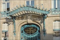Immeuble de la Chambre de Commerce et d'Industrie de Meurthe-et-Moselle -  La Chambre de Commerce et d'Industrie de Meurthe-et-Moselle a été inaugurée en juin 1909. Elle est installée dans un bâtiment Art Nouveau auquel ont contribué les plus grands créateurs de l'École de Nancy: les architectes Louis Marchal et Émile Toussaint pour le bâtiment; Antonin Daum et Jacques Gruber pour les vitraux;  Louis Majorelle pour les ferronneries. fr.wikipedia.org/wiki/Chambre_de_commerce_et_d'industrie_... www.nancy-guide.net/index.php/Histoire/Thematique-:-Ecole...