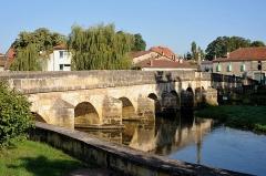 Pont traversant la Saulx - English:  Pont sur le Saulx in Haironville; Meuse, France.
