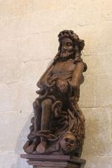 Eglise - English: Eglise Notre Dame de Mont-devant-Sassey: statue in the crypt