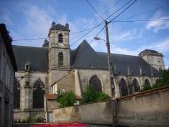 Ancienne abbaye - Église abbatiale Saint-Michel de Saint-Mihiel (Meuse, France) vue de la rue des Boucheries