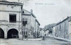 Immeuble dit Café des Arcades - Français:   carte postale ancienne de st-Mihiel.