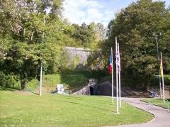 Citadelle - English: Entrance to the citadel in Verdun in 2007