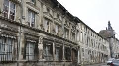 Ancien Hôtel de Faillonnet ou maison des gargouilles - Français:   Hôtel des Gargouilles et ancienne mairie.