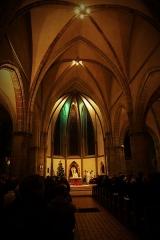 Ancienne abbaye Sainte-Croix - Deutsch: Abteikirche Heilig Kreuz, Bouzonville, Kirchenschiff an Heiligabend 2017