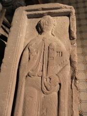 Abbaye - Français:   Gisant d\'Hugues IV de Nordgau, comte d\'Eguisheim-Dabo (ou de son fils Henri?). Église abbatiale de Hesse, Moselle, France.