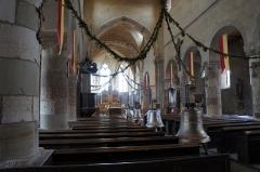 Eglise Saint-Léger - English: Marsal collegiate church interior, with bells.
