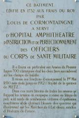 Hôpital militaire  situé dans le Fort Moselle - Français:   Metz - Hôpital militaire - Plaque commémorative