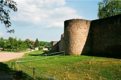 Anciennes fortifications - English: Rodemack, at the city wall
