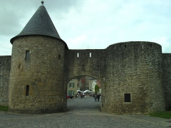 Anciennes fortifications - Deutsch: Rodemack: Porte de Sierck