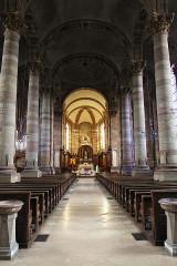 Eglise Saint-Nabor - Deutsch: Ehemalige Abteikirche St. Nabor (St. Avold), Inneres mit Blick zur Apsis
