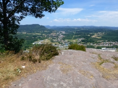 Zone archéologique - Français:   Le site de hauteur fortifié de la Pierre d\'Appel (Étival-Clairefontaine, Vosges)