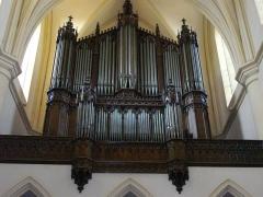 Abbaye - Français:   Nouvel orgue de l\'abbatiale Saint Pierre de Remiremont (Vosges), réalisé par Nicolas Antoine LETE , facteur à Mirecourt, orgue inauguré le 5 mars 1845
