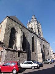 Eglise Saint-Nicolas - English: Avesnes-sur-Helpe (Nord, Fr) la collégiale coté nord