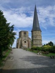 Ancienne abbaye Saint-Winoc - Abbaye Saint-Winoc avec sa Tour