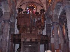 Eglise Saint-Martin - English: Organ (18th century) of the abbatial church of Saint-Martin (17th century)  Le Cateau Cambrésis, France