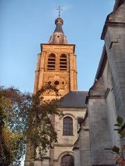 Eglise Saint-Martin - English: Bell tower of the church of Saint-Martin (17th century) Le Cateau Cambrésis, France