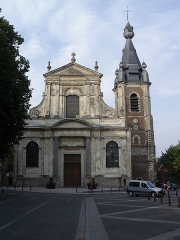 Eglise Saint-Wasnon - English: The Saint-Wasnon Parish Church, built in 1751 to the designs of Pierre Contant d'Ivry, with the bell tower dating from 1607